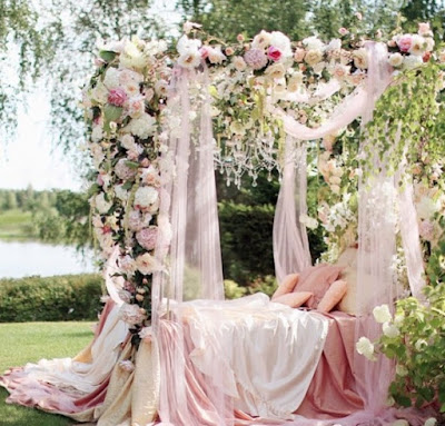 Lush fab glam blogazine stunning indoor and outdoor wedding decoration outdoor wedding reception httplush fab glam2016 junglespirit