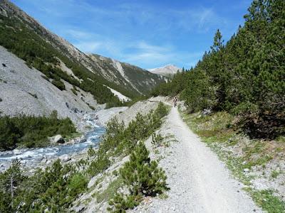 scharl-arnoga-suiza-italia-transalpes-en-btt-alpes