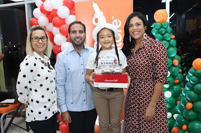 Solanye Pineda, Eric González, Denise Bernard y Angélica Peguero.