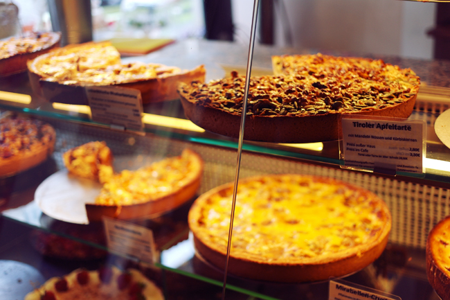Der Kuchenladen Misplaced Mirth