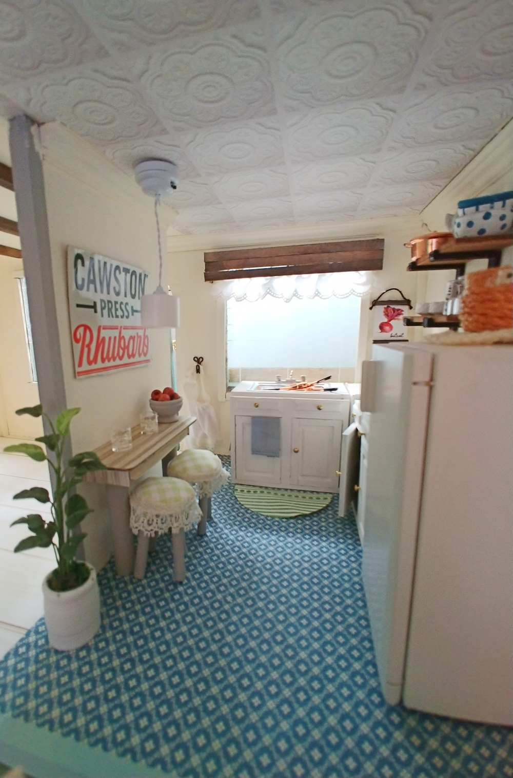 Dollhouse Kitchen Reveal