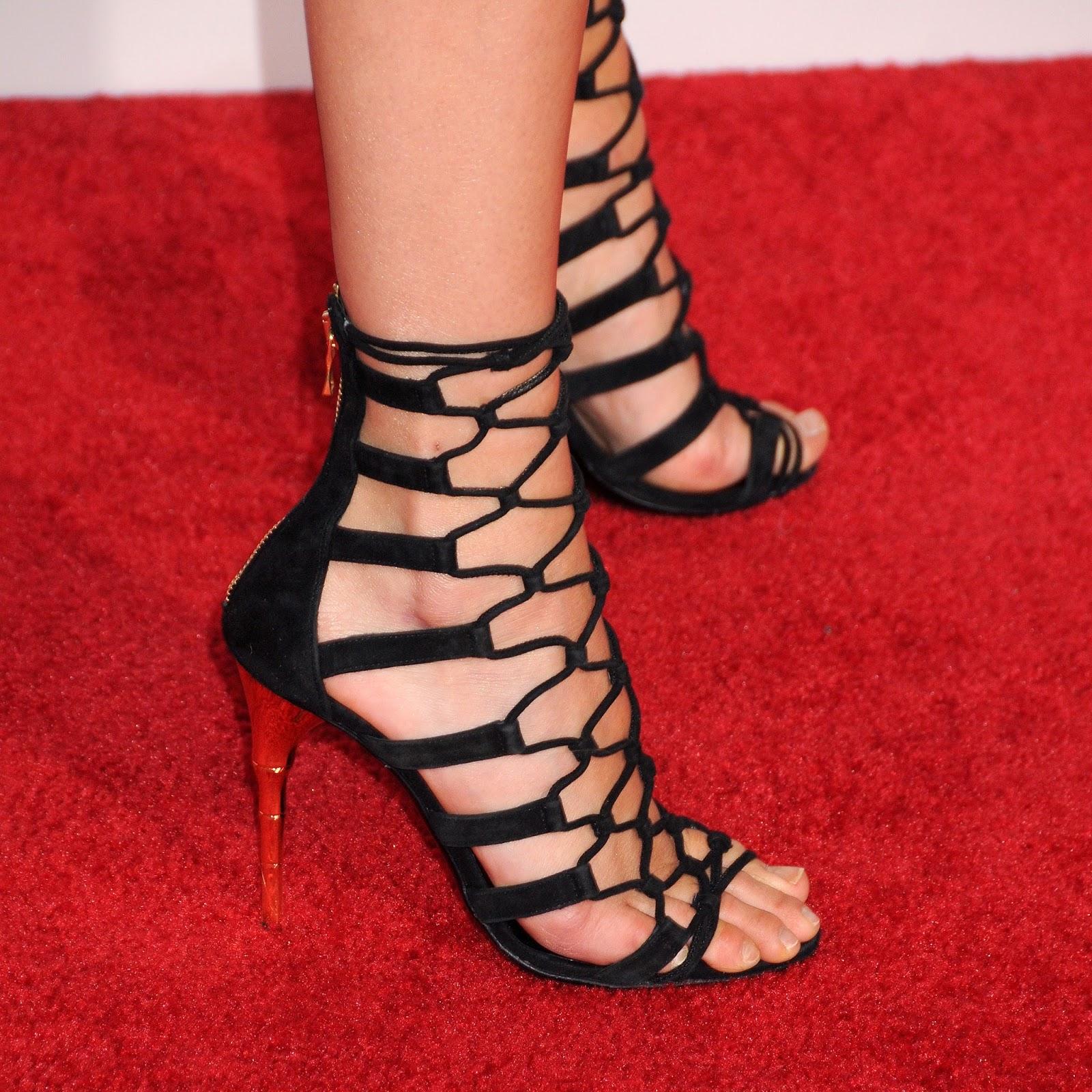 feet of stars: Kendall Jenner