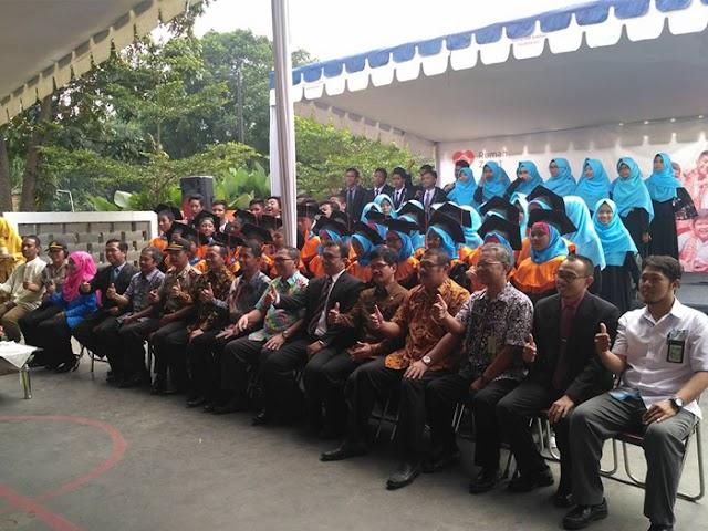 Oded M Danial Hadiri Wisuda SD dan SMP Juara di Panyileukan