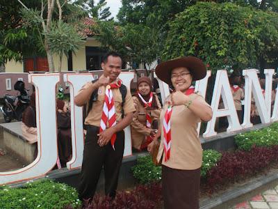 Waskim Operator Sekolah dan Ibu Sumarni Kepala Sekolah