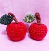 http://translate.googleusercontent.com/translate_c?depth=1&hl=es&rurl=translate.google.es&sl=auto&tl=es&u=http://crochetemall.blogspot.com.br/2013/05/want-to-crochet-apple.html&usg=ALkJrhhBSTXjvP_YKKXRAEGZ4piJA6Gbxg