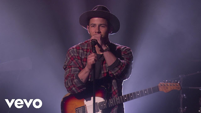 "Nick Jonas Performs ""Find You"" On Ellen Show"