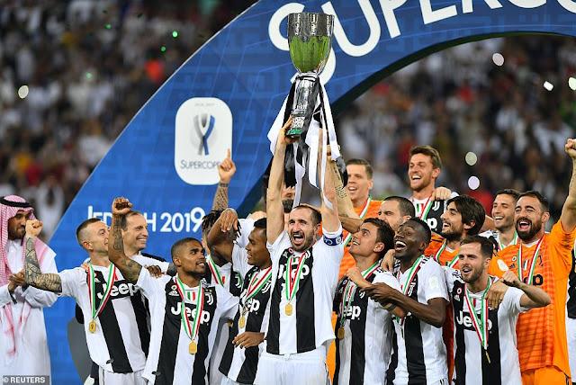 Ronaldo ghi bàn, Juventus vô địch Siêu cúp Italia 1