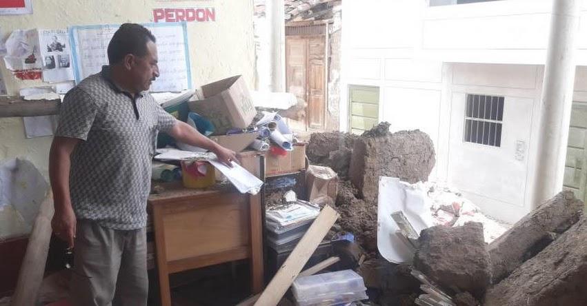 Se desploma pared de la IE N° 80520 «Centro Viejo» en Santiago de Chuco
