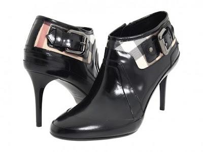 Latest Office Footwear for Women 2015