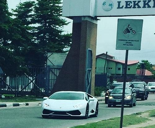 N150m Lamborghini Huracan, N218m Latest Ferrari 488 GTB Both Spotted In Lekki (Photos)