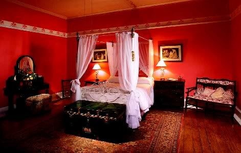 Dekorasi Bilik Tidur Berwarna Merah