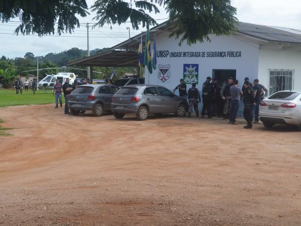 Briga entre facções rivais no presídio de Rondônia deixa 8 presos mortos