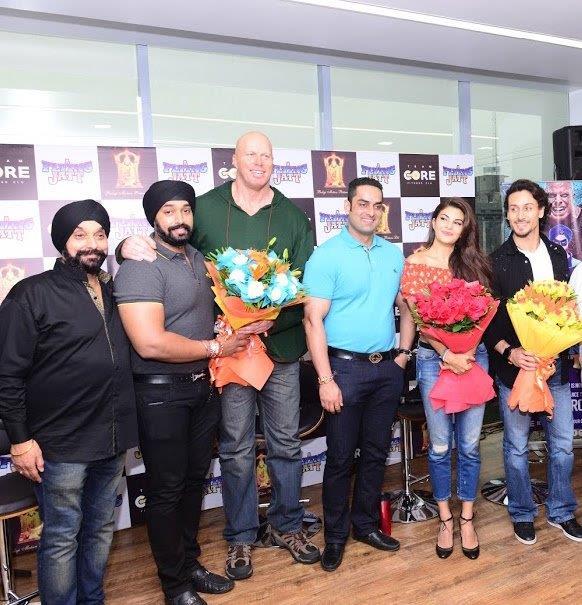 Surinder Singh, Tajinder Singh, Nathan Jones, Ankush Grover, Jacqueline Fernandez & Tiger Shroff