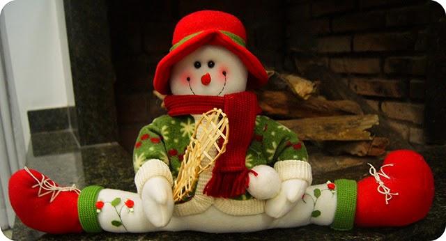 Decoração Natalina Enfeites de Natal Boneco de Neve na Lareira