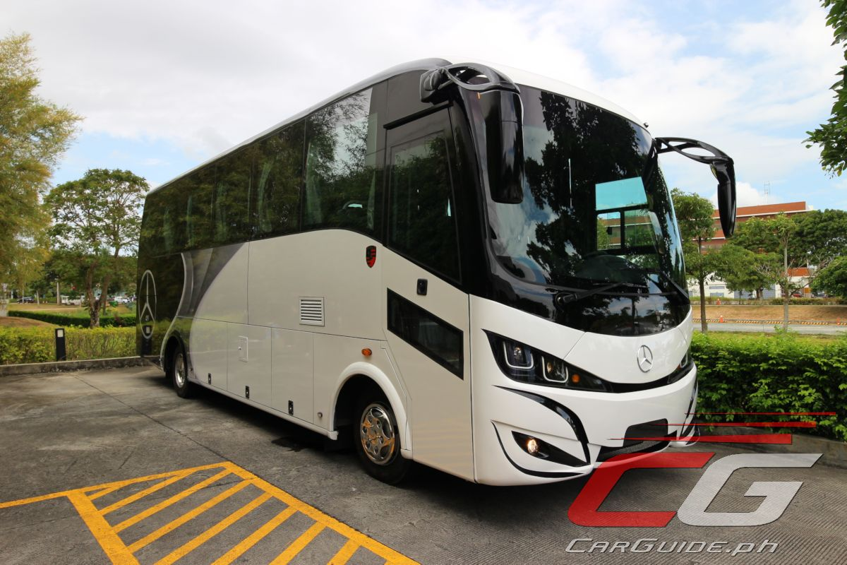 Mercedes benz of 917 is right sized 32 seater bus for Mercedes benz service miami