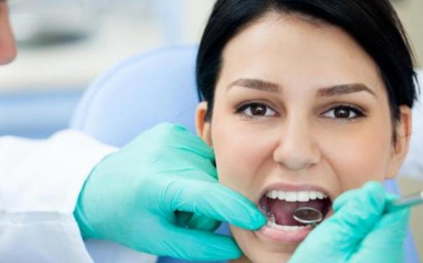 Tips Memutihkan Gigi Secara Alami Dan Sehat Secara Cepat