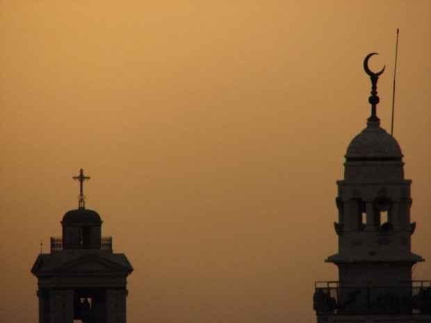 Dosen Ini Sebut Masjid Harus Seperti Gereja Agar Pria Dan Wanita Bisa Berbaur