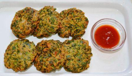 Palak Pakoda Recipe in Hindi