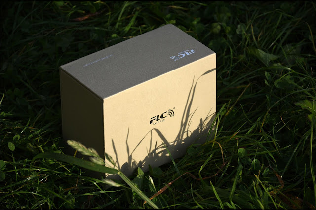 FLC 8N, Unboxing