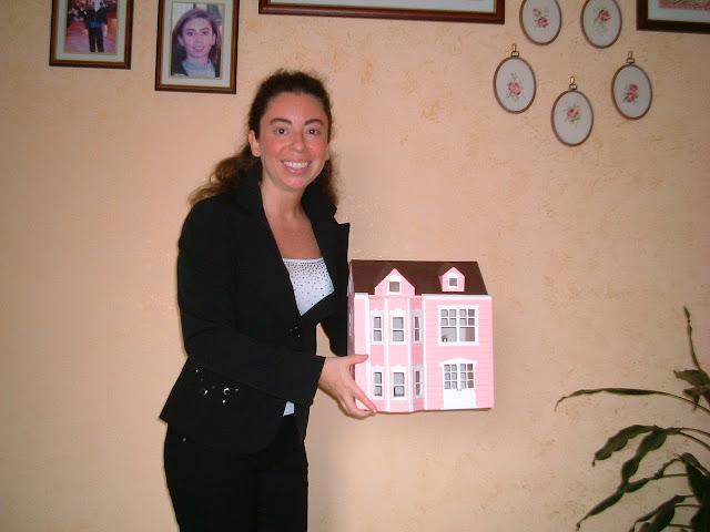 Silvana Calabrese Victorian dollhouse model handmade