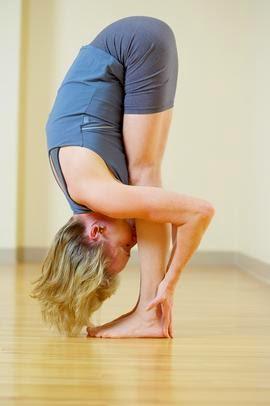 los ejercicios de yoga y posiciones para principiantes  2