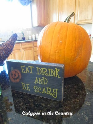 Eat Drink and Be Scary sign for Halloween