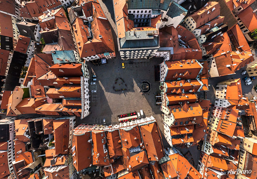 Beautiful Panoramic Pictures Of 20 Famous Cities - Ceský Krumlov, Czech Republic