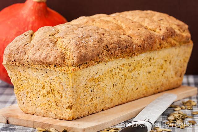 Chleb dyniowy drożdżowy