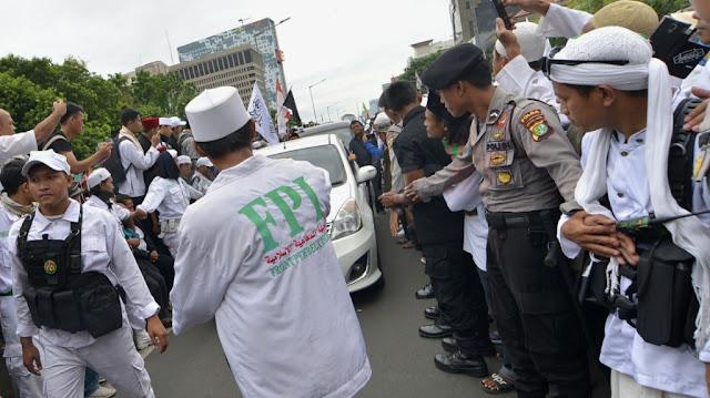 Buntut Pemblokiran Akun Di Medsos, FPI Tuding Pemerintahan Jokowi Memelihara Akun-Akun Penyebar Hoax