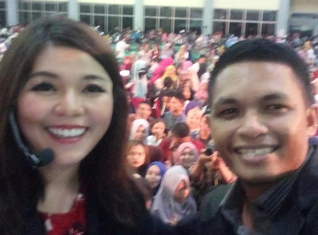 Trainer Asal Palopo 'Bersanding' dengan Motivator Wanita Cantik dan Nomor 1 se Asia