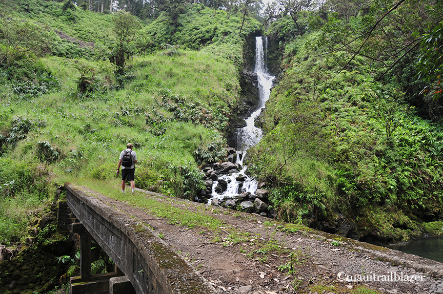 TRAILBLAZER HAWAII: Maui's Hana Highway: Avoid the hassle