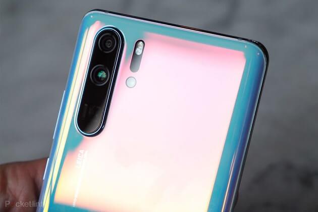 هاتف Huawei P30 Pro يتلقى أول تحديثاته والذي يحسن من أداء الكاميرا