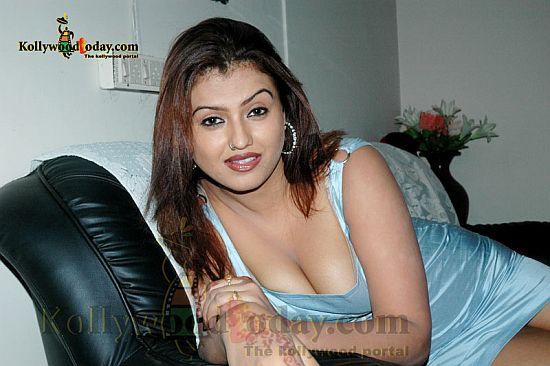 Sona aunty sexy scene