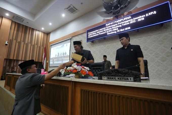 DPRD Kota Bandung Gelar Rapat Paripurna LKPJ AMJ Wali Kota Bandung 2013-2018