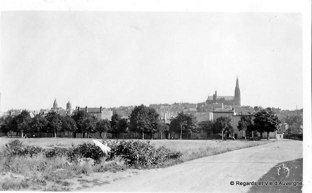 Photo ancienne noir et blanc de Clermont-Ferrand en 1931. les Bughes