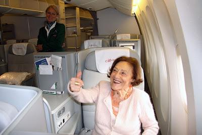 passeggera aereo più anziana al mondo