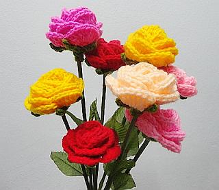 หารายได้เสริม ทำงานฝีมือถักดอกไม้ไหมพรม อาชีพเสริมทําที่บ้าน รายได้ดี แนะนำงานฝีมือพิเศษ รายได้เสริมทําเงิน สำหรับผู้ที่ชอบงานเย็บปักถักร้อย