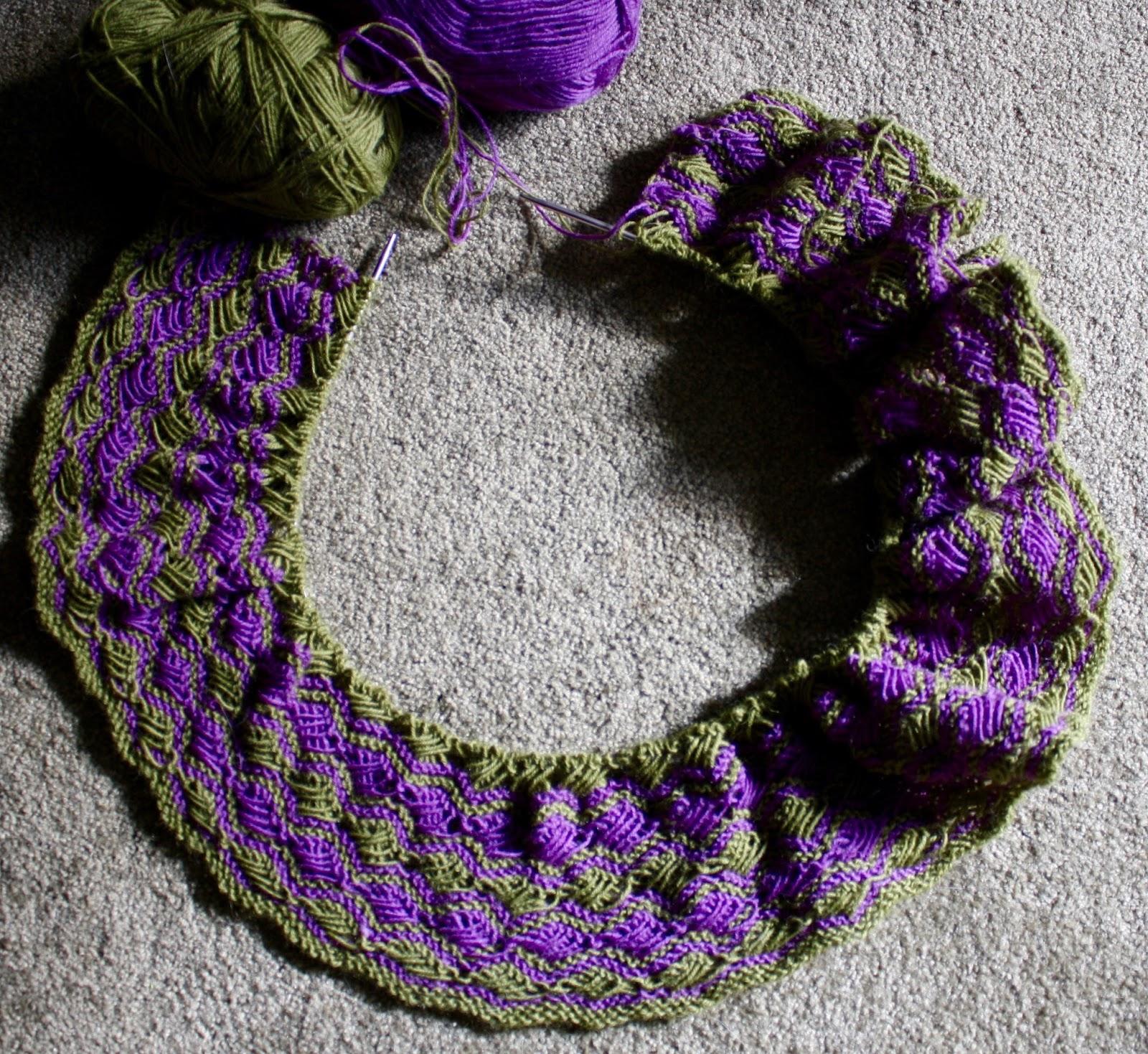 Cross Stitch Knitting Pattern Scarf : QueerJoes Knitting Blog: Dreamers Make Lousy Estimators