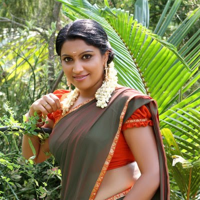 Vaigha latest hot photos in saree