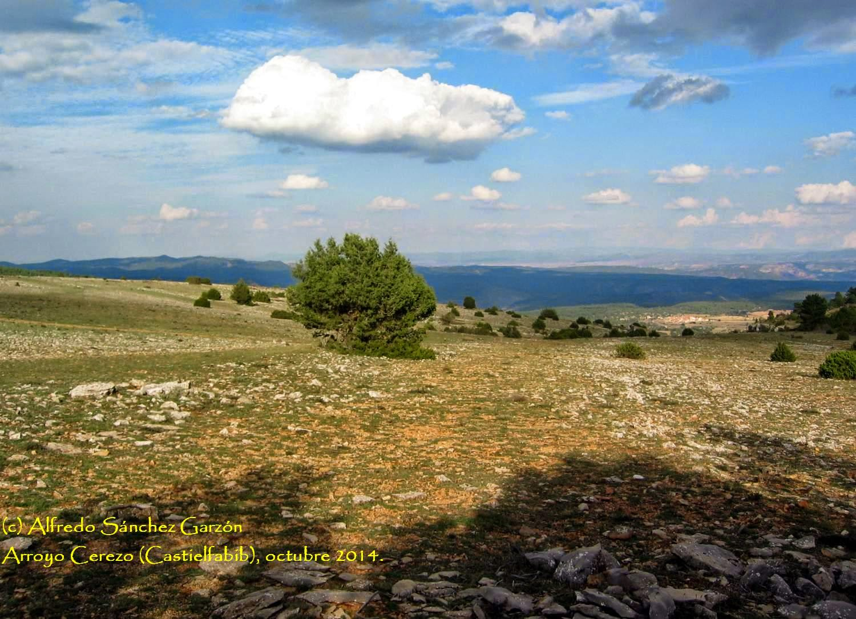 cruz-tres-reinos-veguillas-sierra-teruel