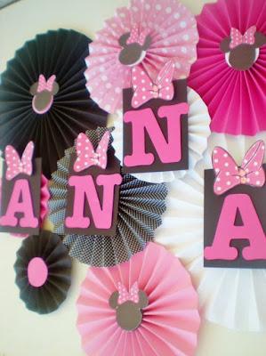 Rozete colorate pentru decorul salii de botez sau petrecere tematica Minnie Mouse