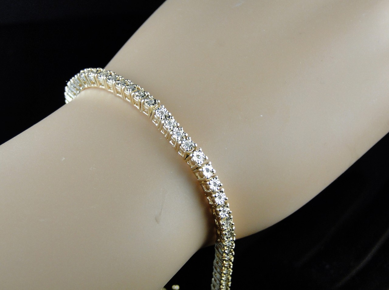Unique Vintage Luxury Collection Steal Prices Single Row 0 25 Carat Genuine Diamond With 10k White Gold Or Yellow Finish Bracelet