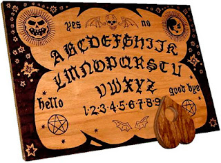 Imagen del tablero de la Ouija