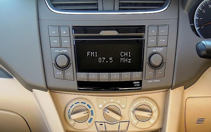 Suzuki Ertiga 7 chỗ 9