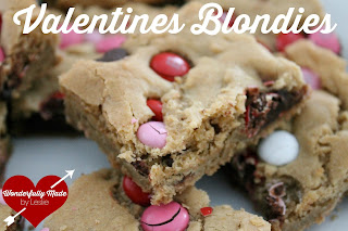 http://www.wonderfullymadebyleslie.com/2015/01/valentines-blondies_24.html