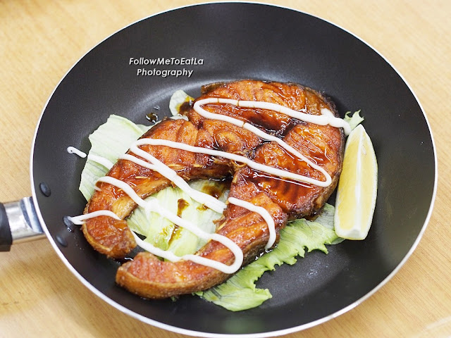 蜜汁三文鱼  Pan Fried Salmon With Teriyaki Sauce