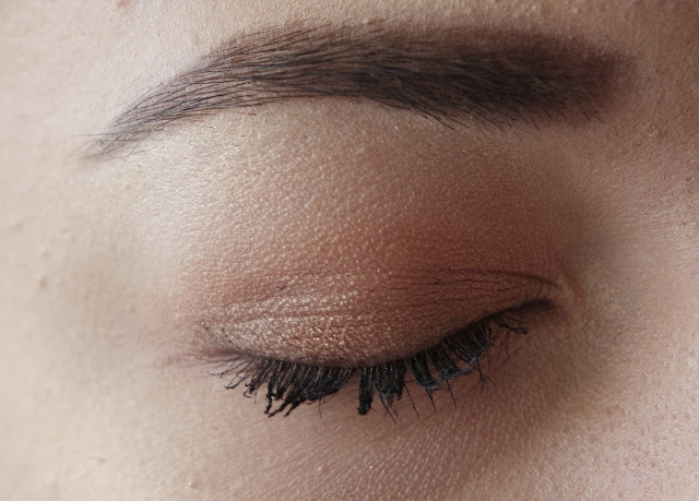 A Gold and Brown Smokey Eye using Drugstore and Highend products, great for blue eyes using brown eye liner, for beginners, easy simple, a look for young and old