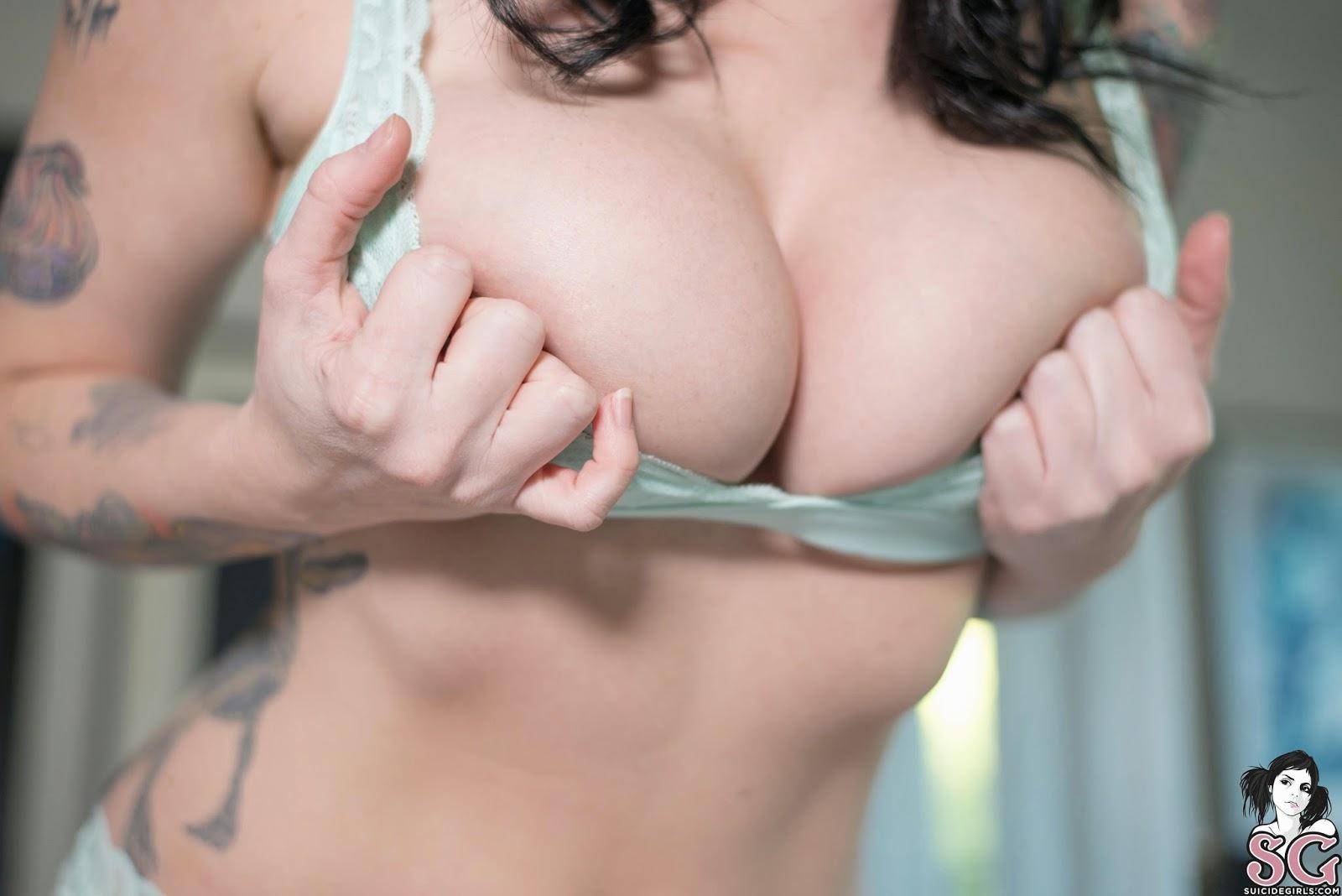 Sucking japanese milky nipples