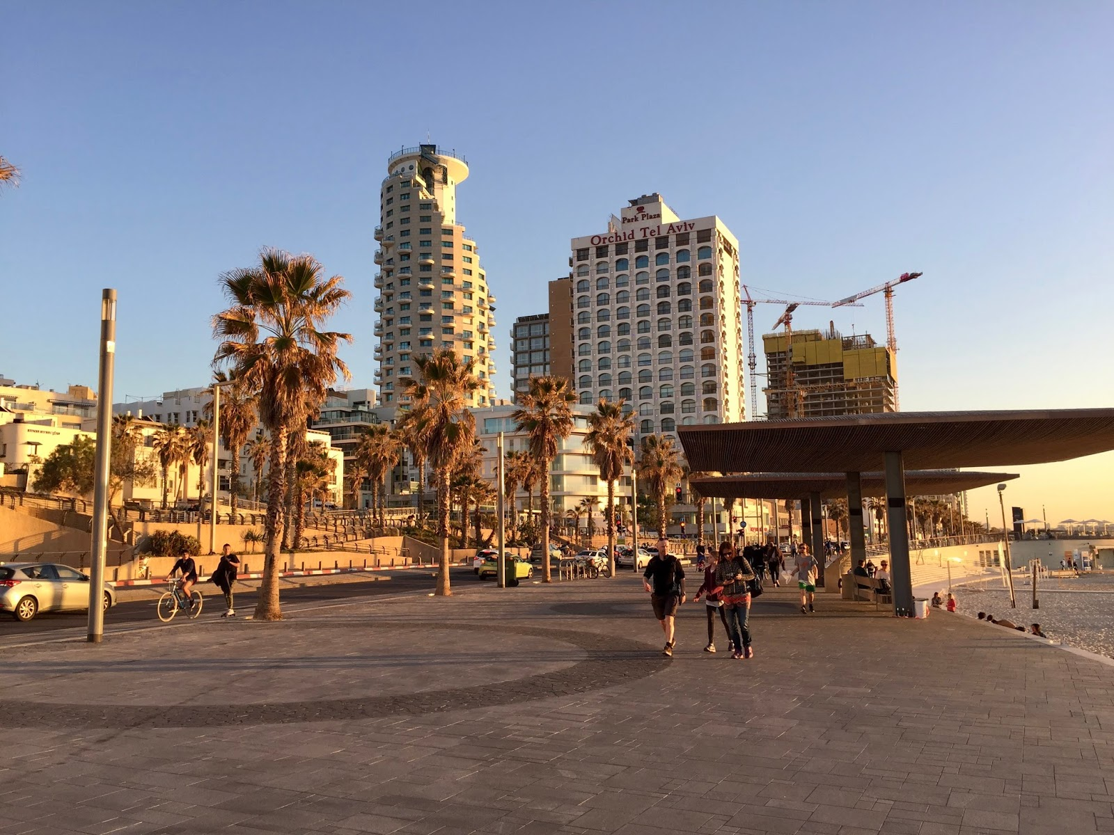 golden hour Tel aviv