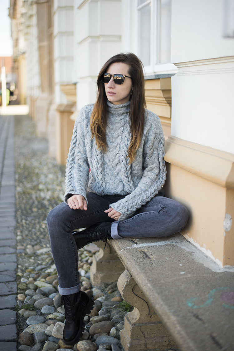 Cable Knit Turtleneck Sweater in Grey Love Diva Charms boots